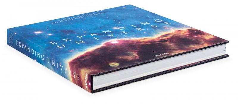 Cover Expanding Universe – Fotografien vom Hubble Teleskop